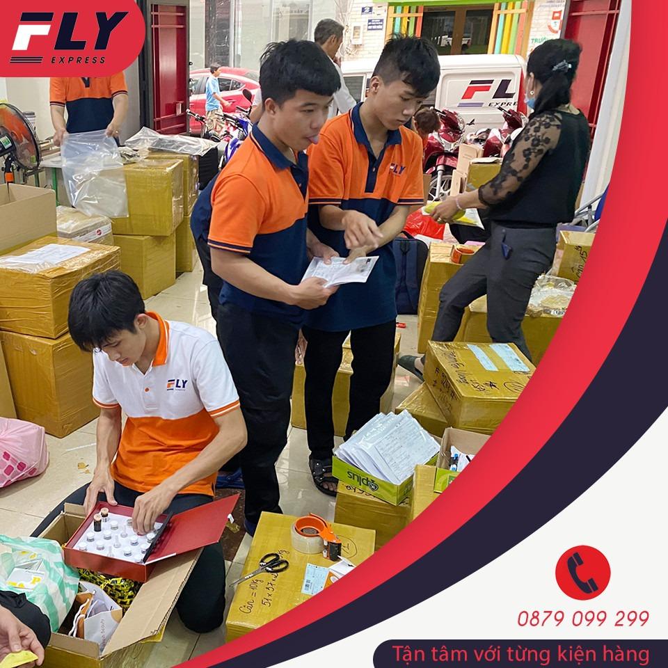 Gửi hàng đi Mỹ Fly Express tại Đà Nẵng