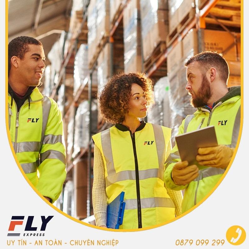 Đội ngũ nhân viên tại Fly Express dày dạn kinh nghiệm