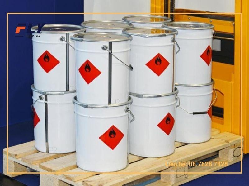 Hàng hóa chứa chất dễ gây cháy nổ